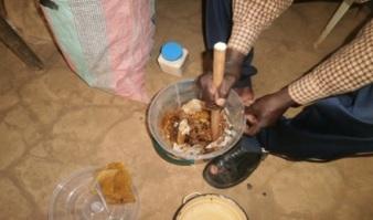 Preparation à l'extraction du miel