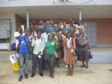 Family photo of the workshop participants